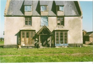 Top Farm One of the oldest surviving farmhouses remaining in Holme Fen. This picture was taken in the 1980s prior to restoration. The house dates back to the 17th century with additions in the 1850s.